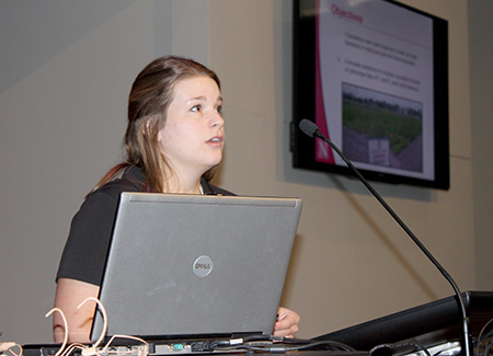 Leah Ruff presenting research