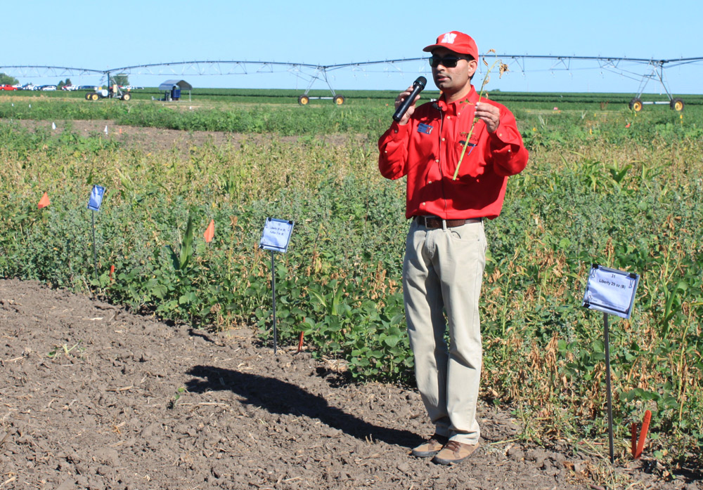 Amit Jhala at Weed Field Day