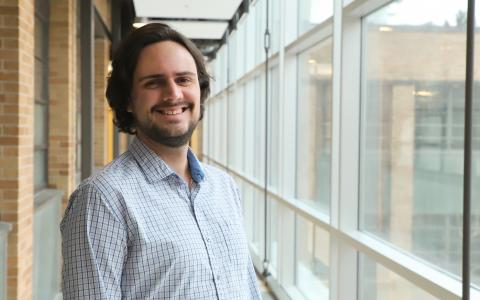 New doctoral recipient Daniel Santana de Carvalho