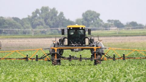 The 4Rs is a nutrient management and water stewardship approach which emphasizes fertilizer use with the right source, right rate, right time and right placement of fertilizers.